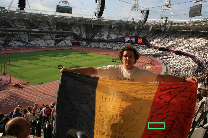 Stadionul-Olimpic cu steagul Romaniei 2.0